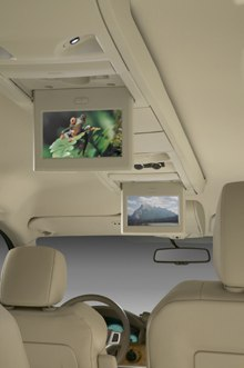 Chrysler first to offer Sirius Backseat TV in 2008 models