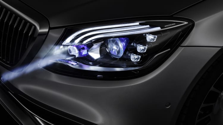 Car headlight innovations can't come to U S  because of outdated