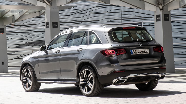 2020 Mercedes-Benz GLC 300 First Drive Review | What's new