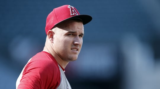 Mike Trout to miss up to 2 months with calf injury