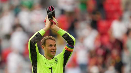 German keeper's rainbow armband causes uproar