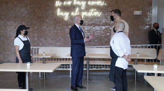 Biden touts restaurant relief program, orders tacos