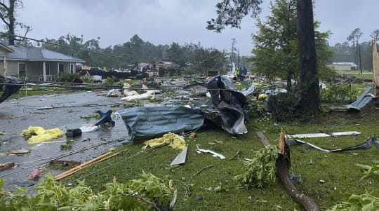 Alabama mobile home park damaged amid tropical storm