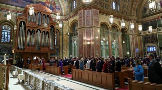 Bishops vote for statement that may rebuke Biden