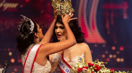 Reigning Mrs World quits after pageant controversy