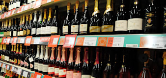 Lockdown alcohol sales set to give Treasury an extra £800m