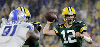 Aaron Rodgers on form as Green Bay Packers sweep aside Detroit Lions