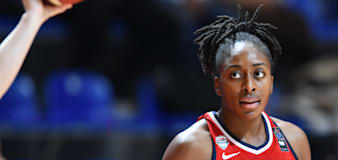 Sparks coach slams move to leave Ogwumike off Olympics roster