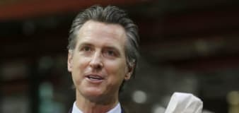 West Coast governors urge COVID travel quarantine