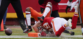Browns inches from TD before devastating fumble