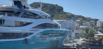 Superyacht smashes through dock