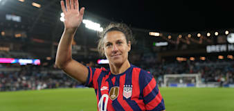 Lloyd closes out USWNT career with final goodbye