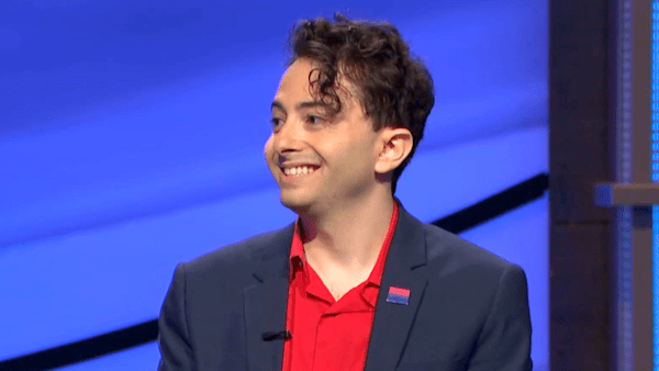 'Jeopardy!' fans celebrate contestant for creating 'visibility' by wearing bi pride pin