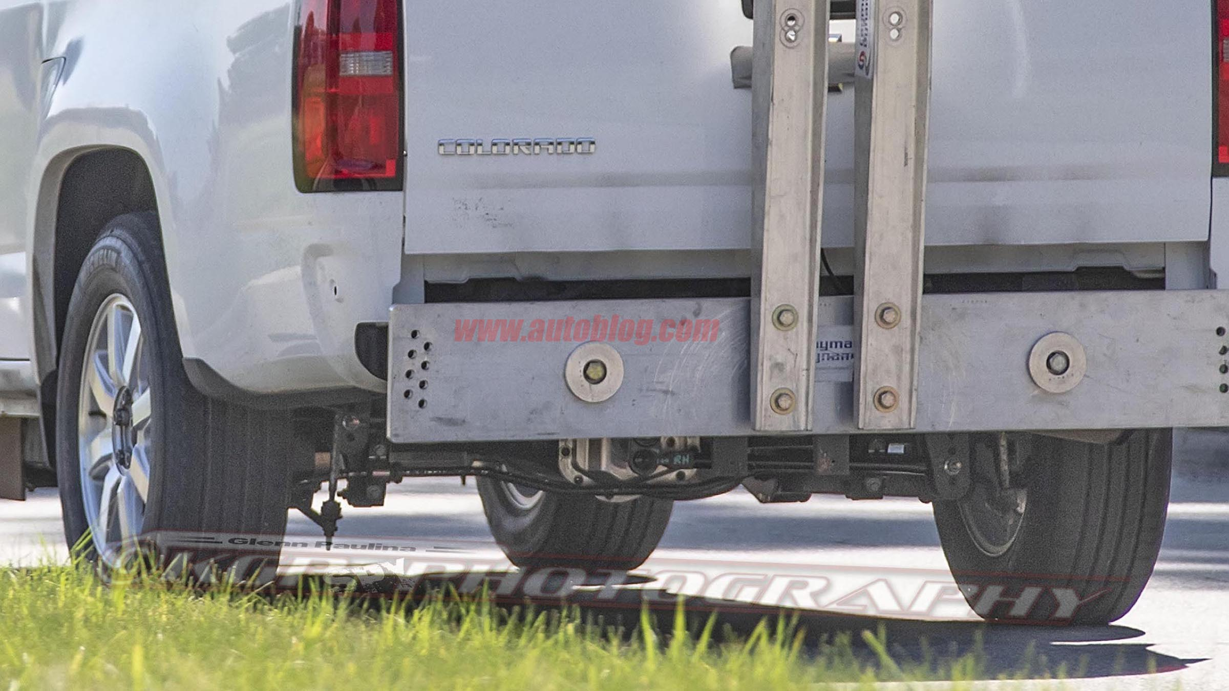 ford bronco spy shots show ford everest suspension autoblog