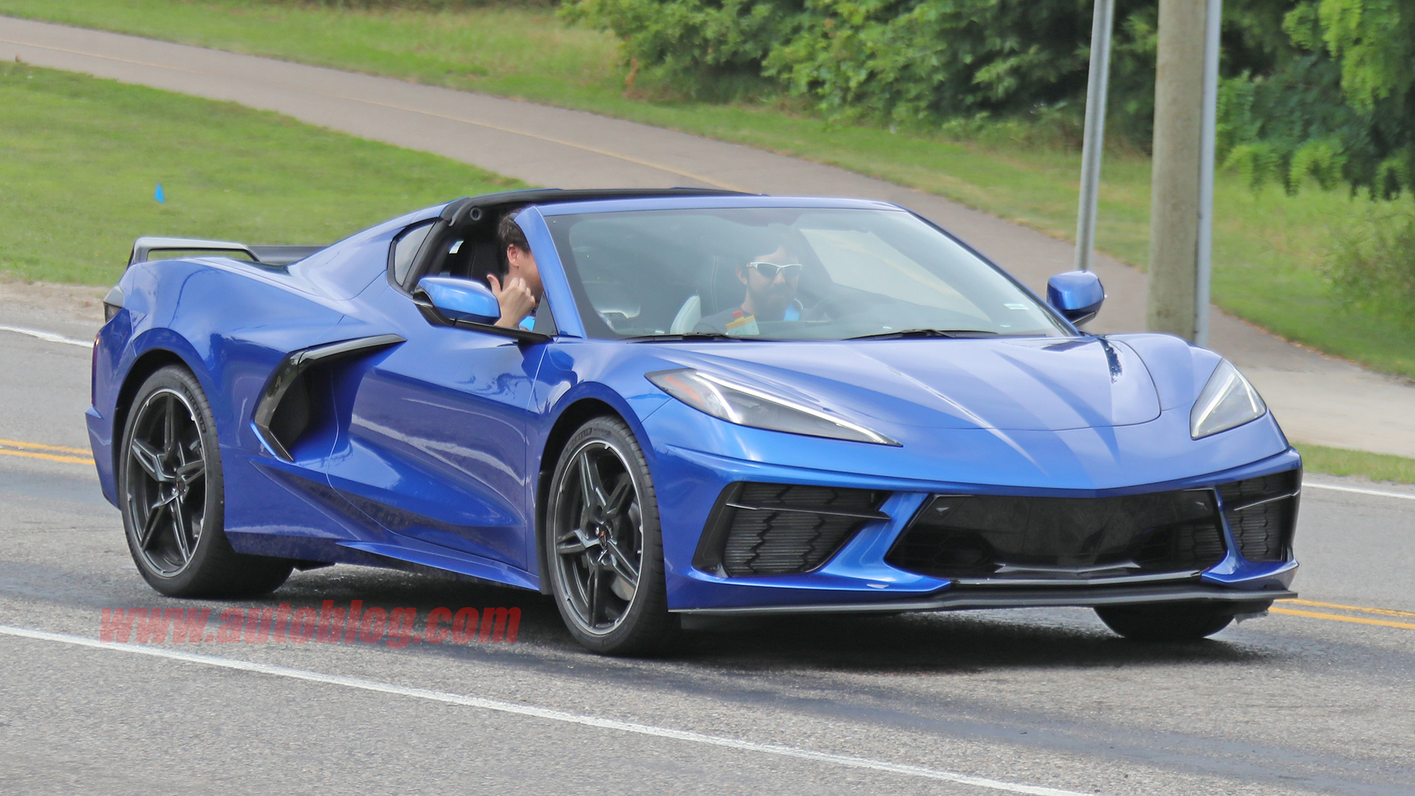 2020 Chevy Corvette Stingray C8 spied undisguised on ...