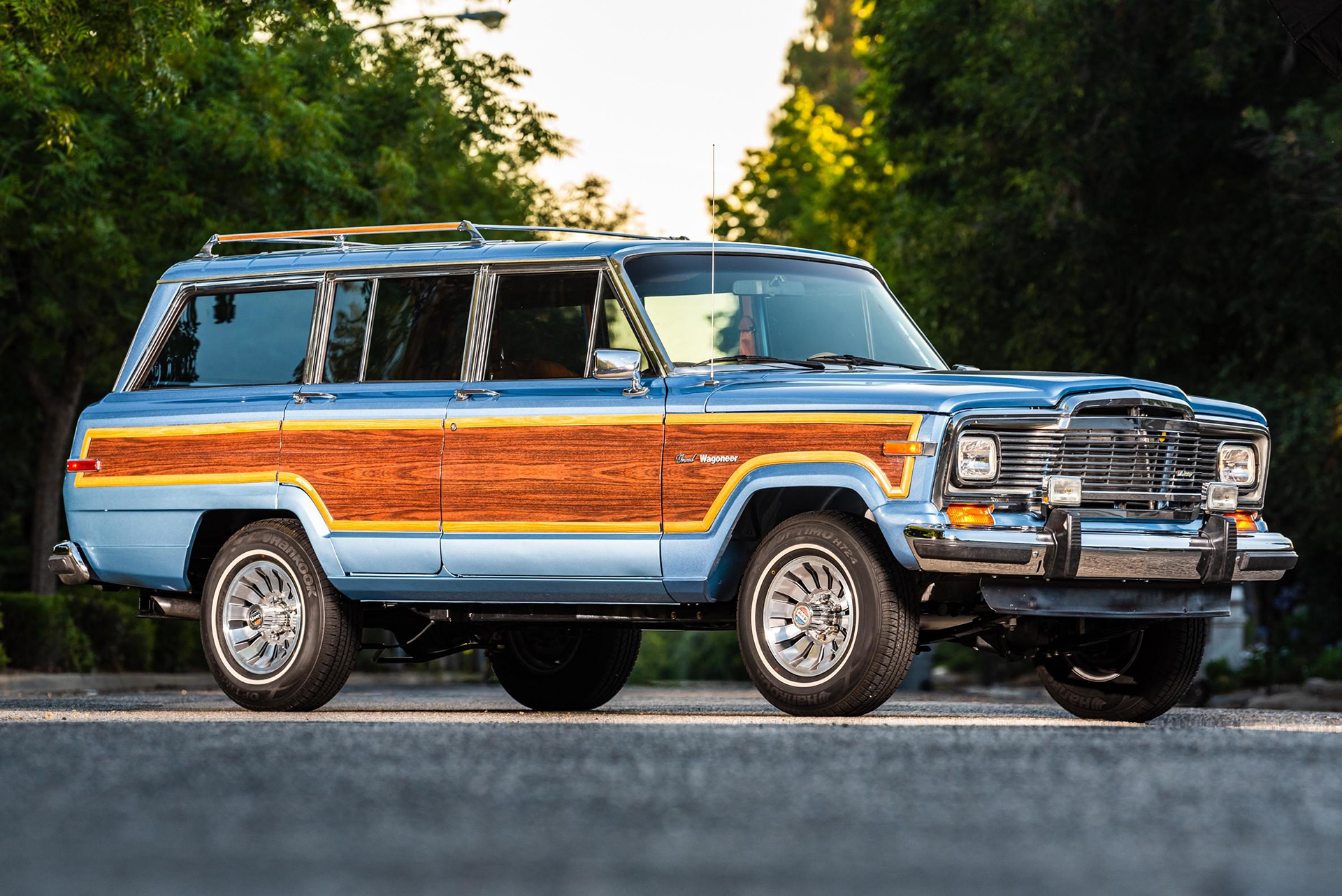 Jeep Grand Wagoneer For Sale >> LS-swapped 1984 Jeep Grand Wagoneer restoration is up for auction | Autoblog