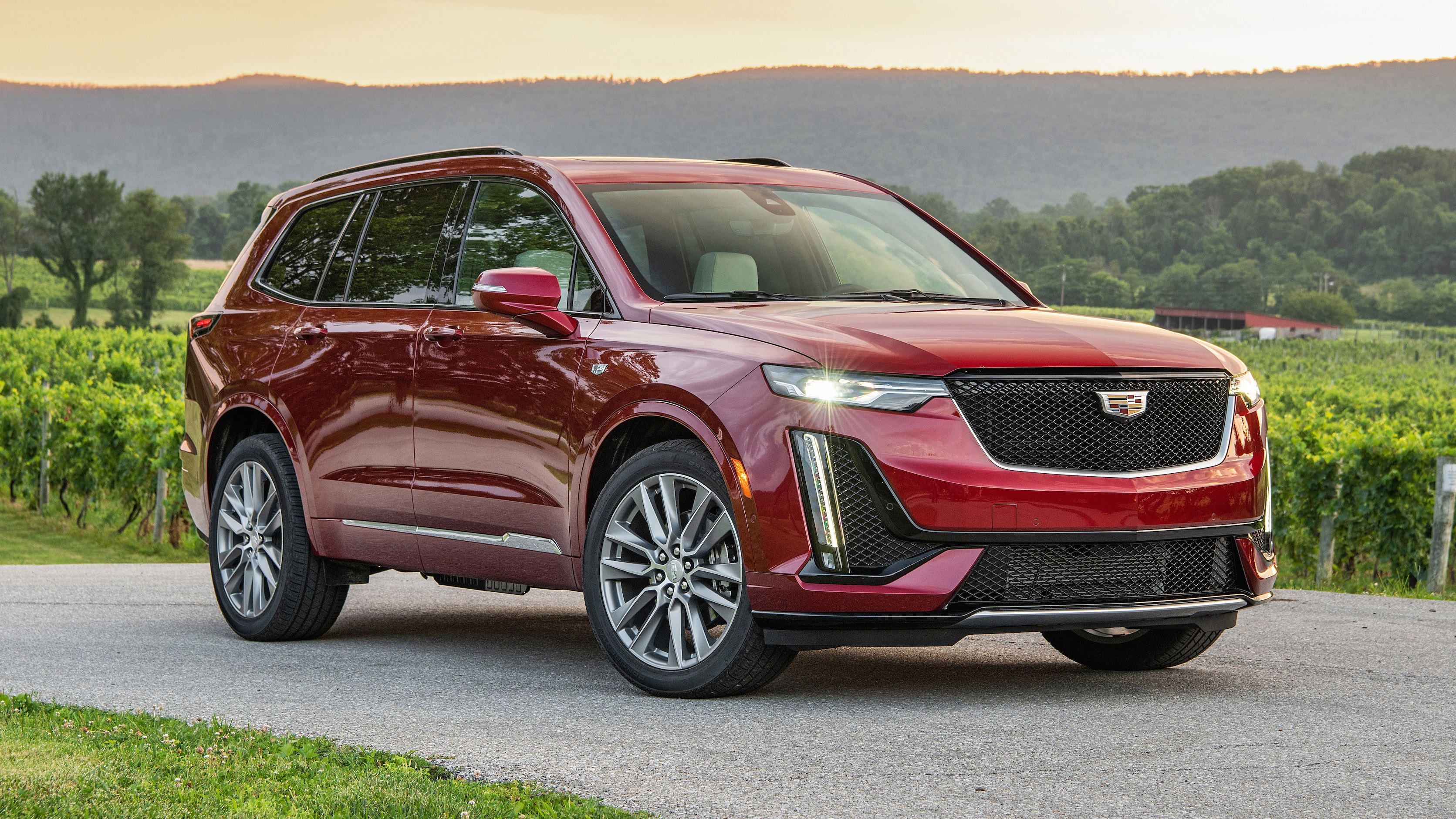 2020 Cadillac XT6 Sport First Drive Review | What's new, style and driving impressions | Autoblog