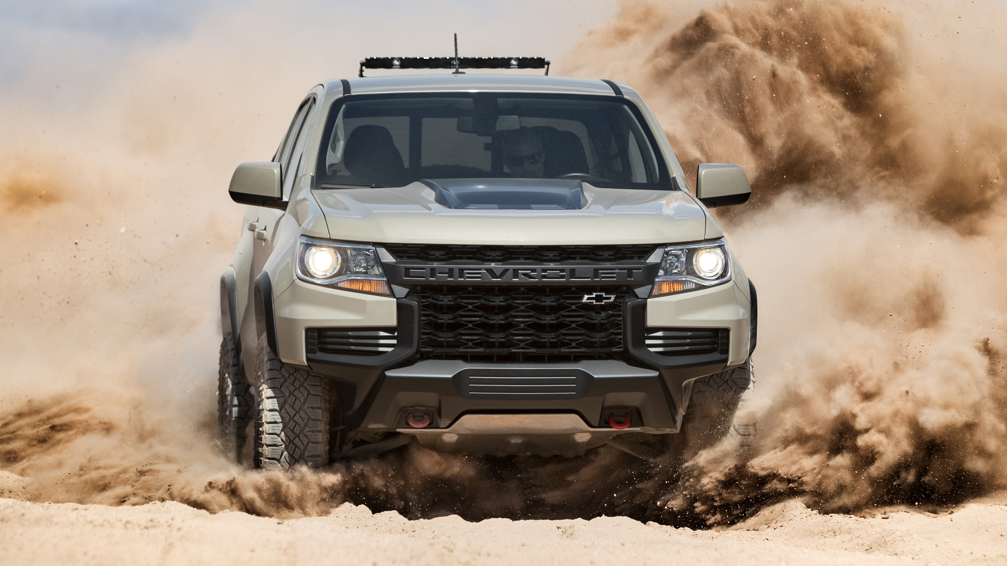 2021 Chevrolet Colorado ZR2 unveiled with updated design ...