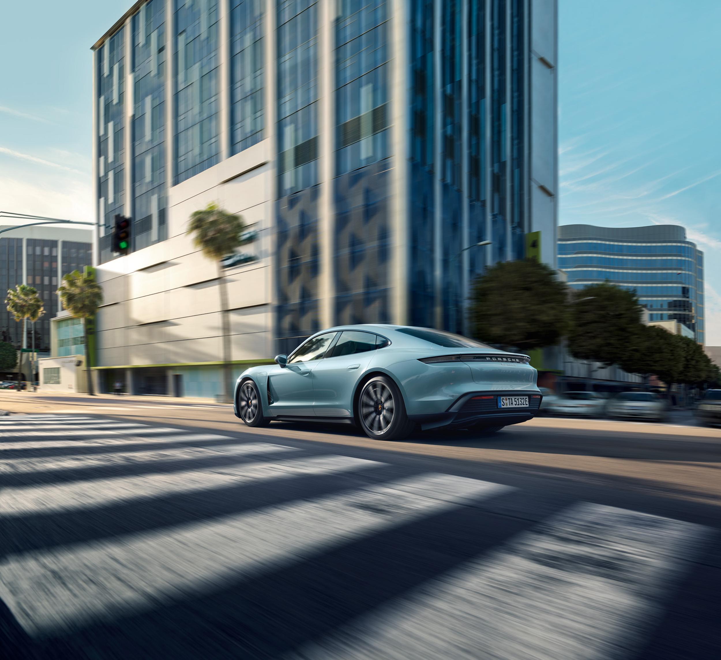 2020 Porsche Taycan 4S Specs, Pricing Announced