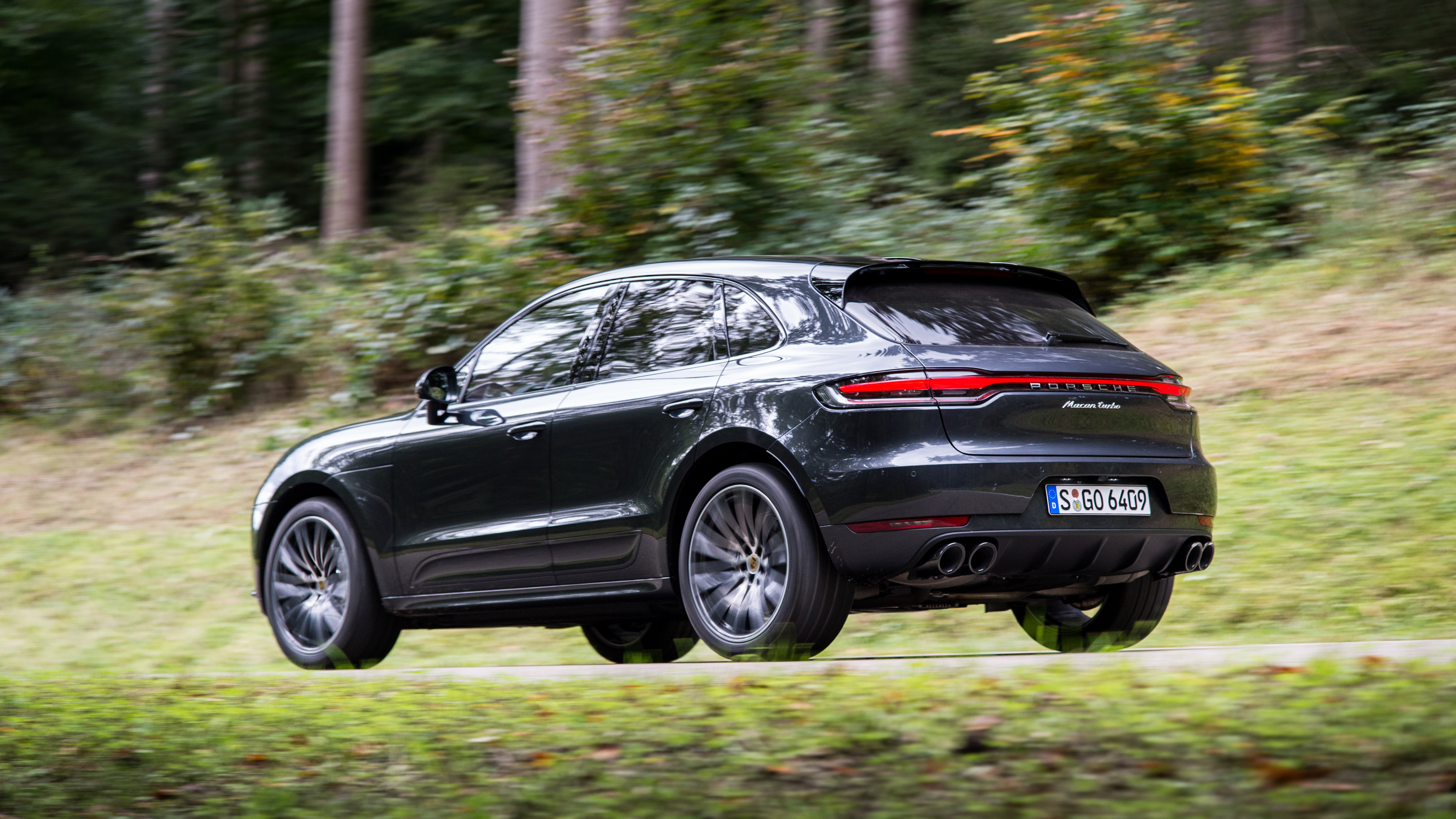 2020 Porsche Macan Turbo First Drive | What's new ...