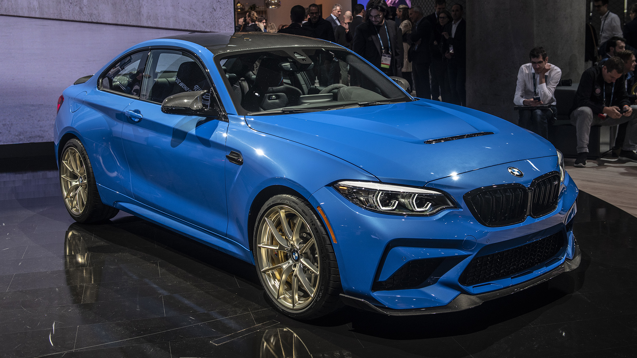 Certified Pre Owned Bmw >> BMW breaks cover on the limited-edition 2020 M2 CS | Autoblog