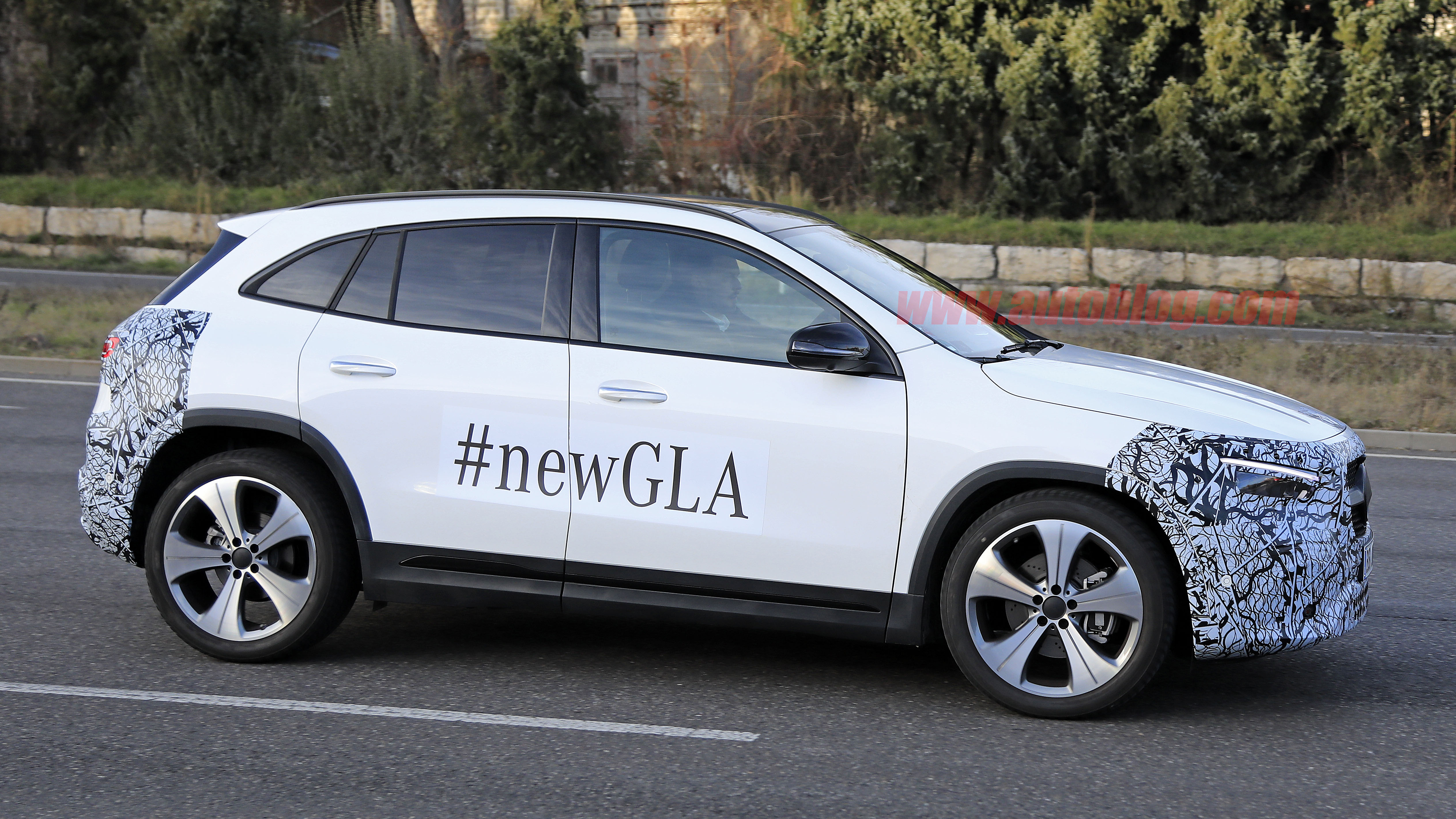 Mercedes Pre Owned >> 2021 Mercedes-Benz GLA-Class, electric EQA spied | Autoblog