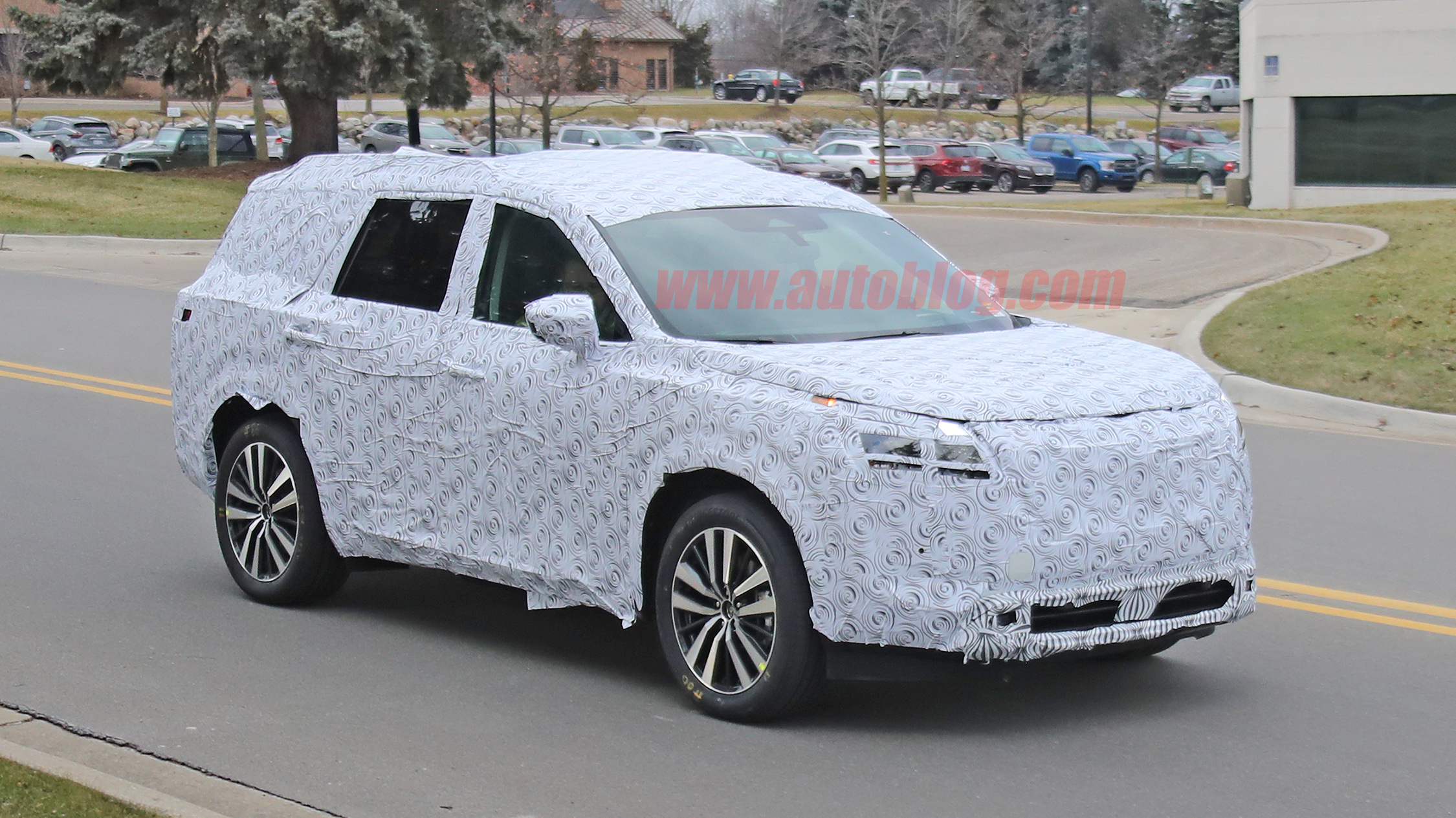 2021 nissan pathfinder threerow crossover spied for the