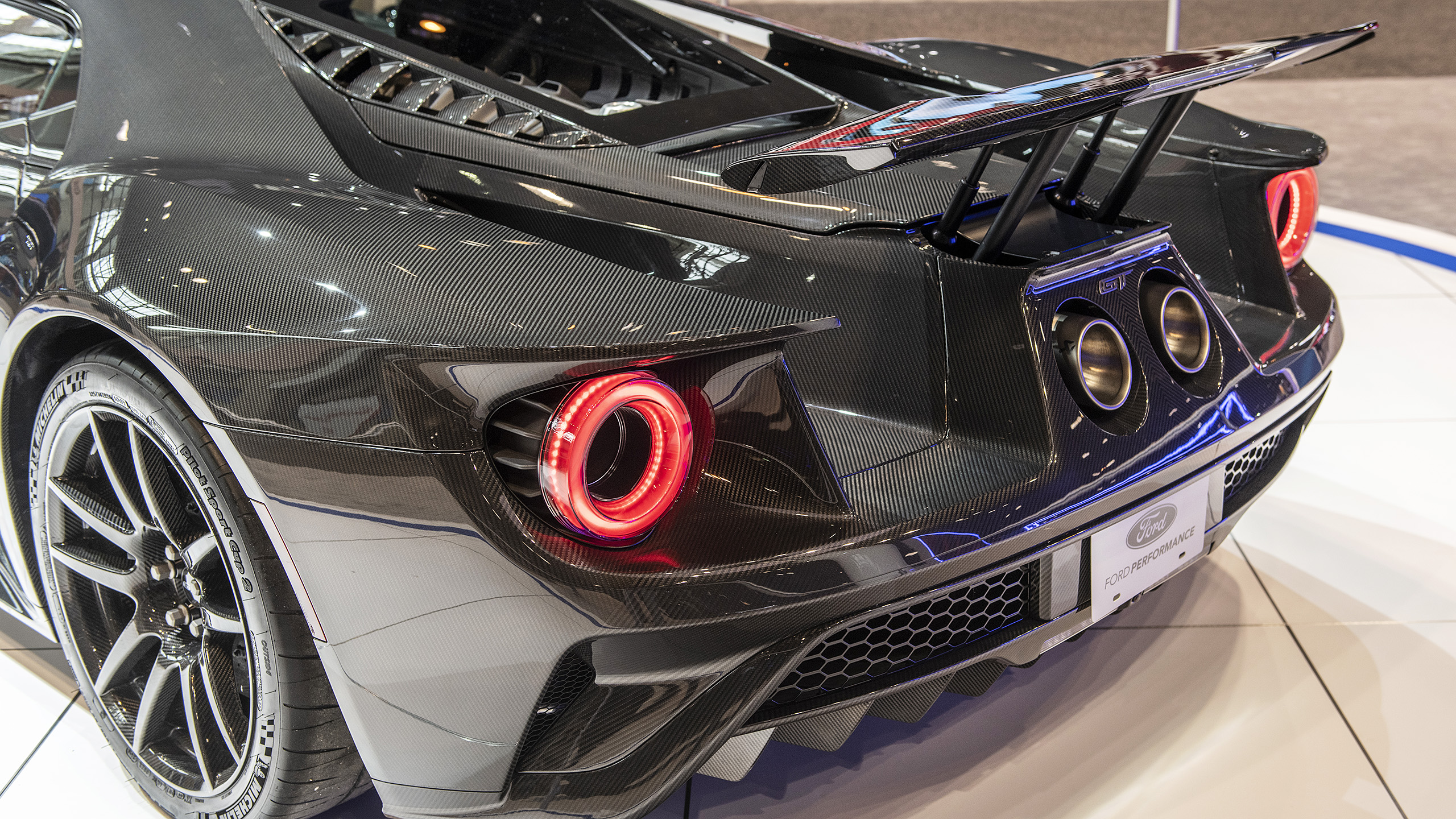 2020 Ford Gt Liquid Carbon Edition Chicago 2020 Photo Gallery 2020 ford gt liquid carbon 5k 5