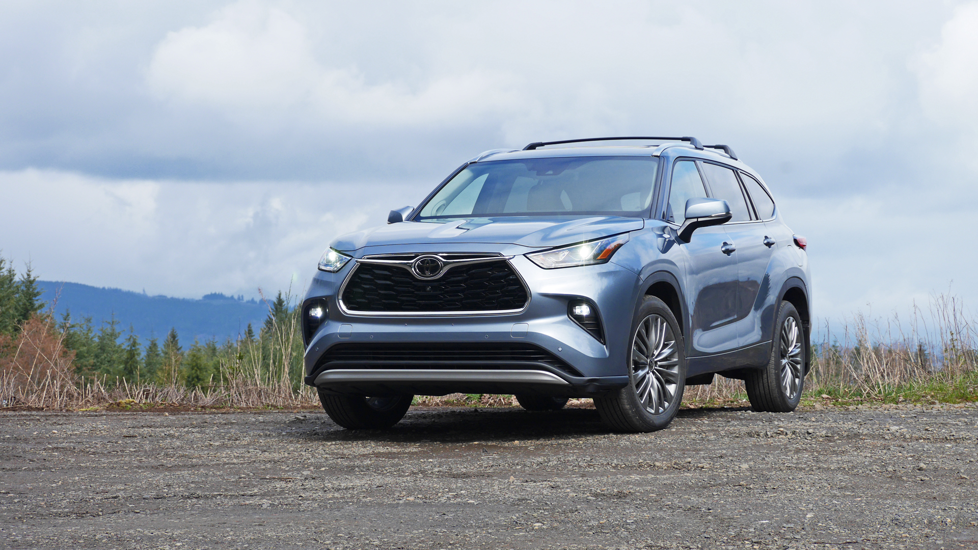 2021 toyota highlander review | price, specs, features and