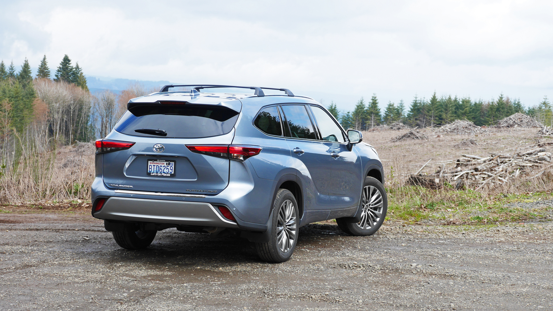 2021 toyota highlander review  price specs features and