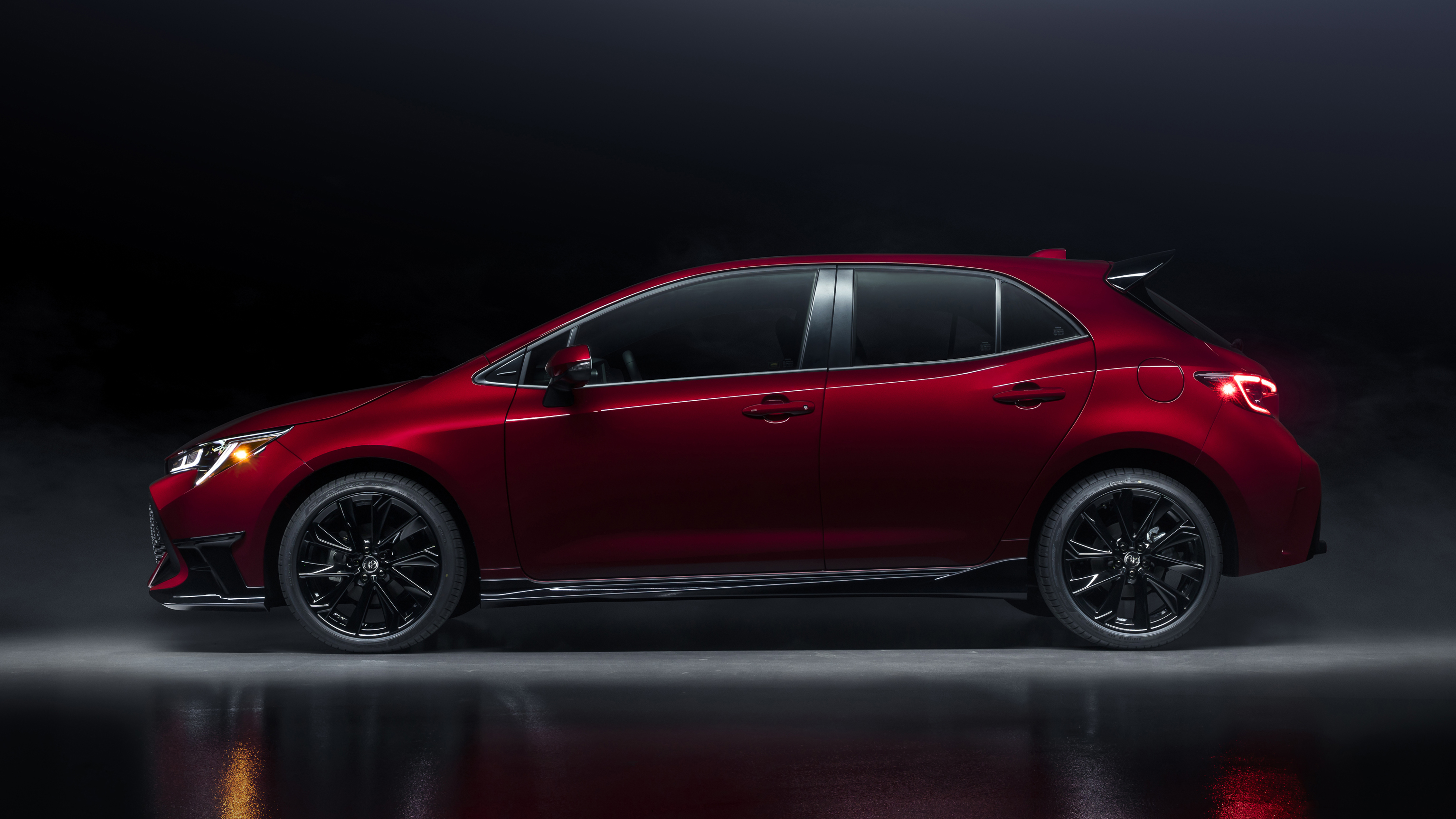 2021 toyota corolla hatchback gets new special edition and