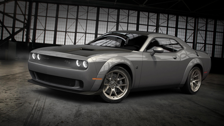 2020 Dodge Challenger 50th Anniversary Commemorative Edition Puts On A Smoke Show Autoblog