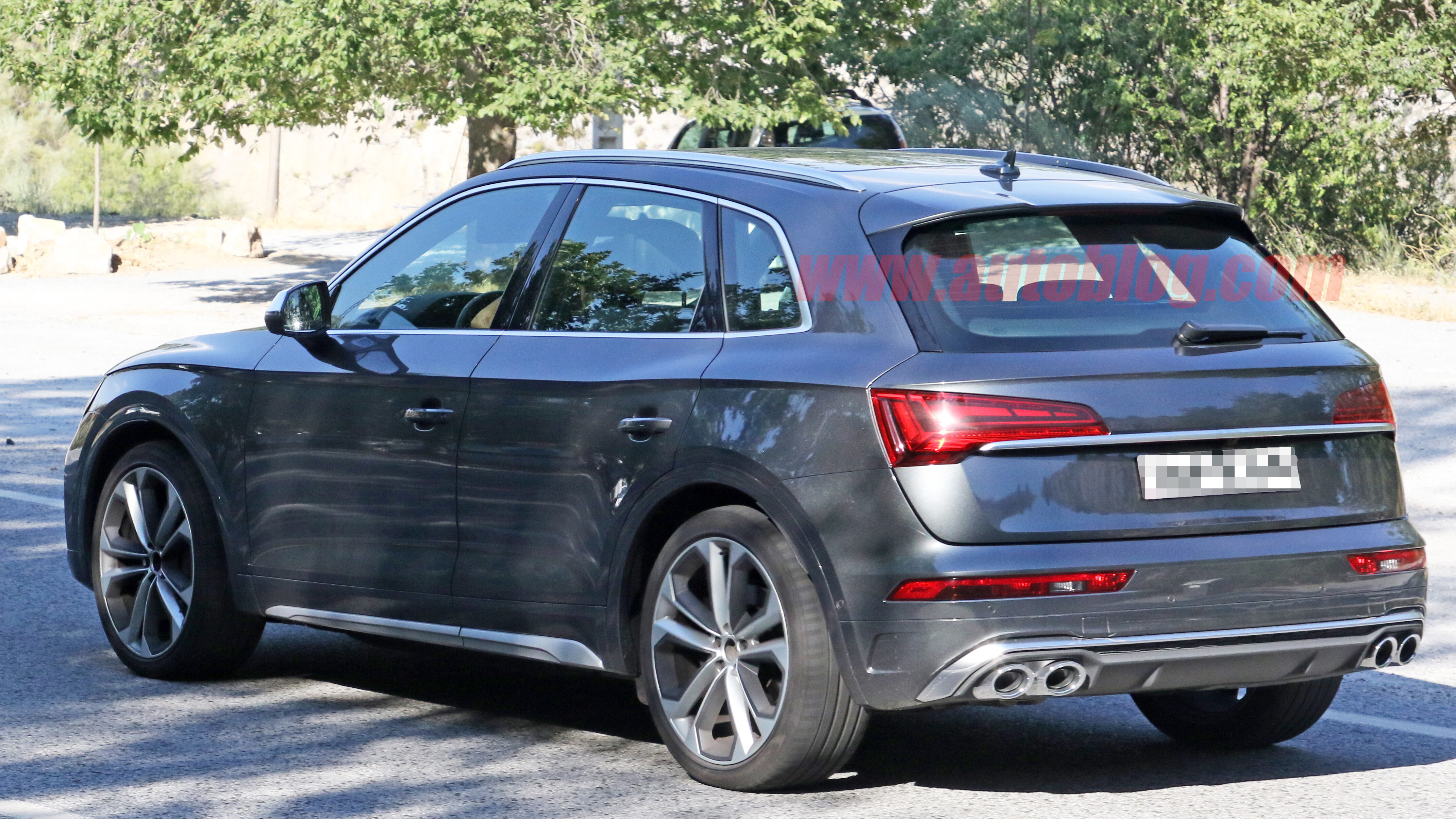 2021 audi sq5 makes unofficial debut in spy photos  autoblog