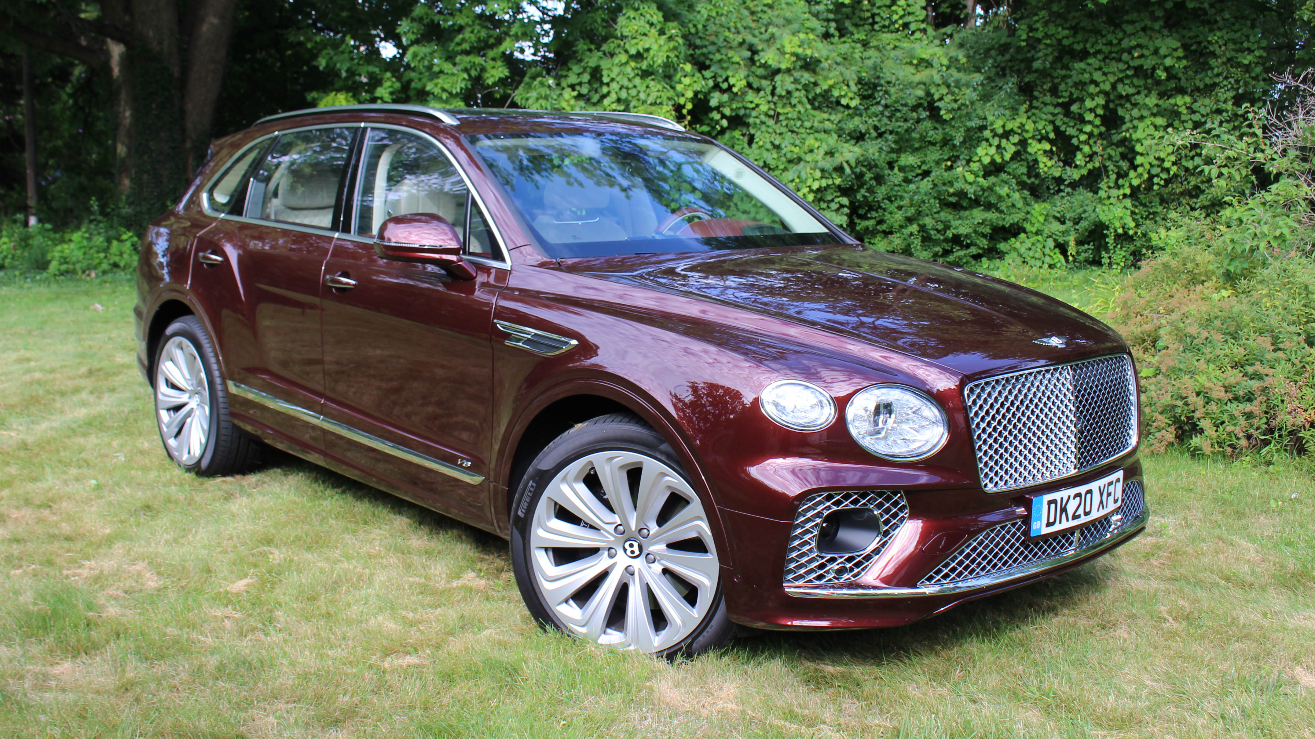 2021 Bentley Bentayga V8 Review Changes Features Driving Impressions Autoblog